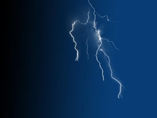「雷様が呼ぶ寒ブリ 季節到来」